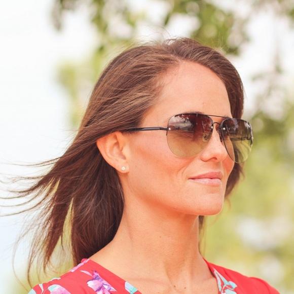 4a0a338850 Quay Australia Muse Fade Sunglasses